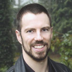 Julius Ruechel headshot