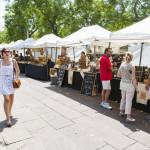 barcelona-street-market_365614880