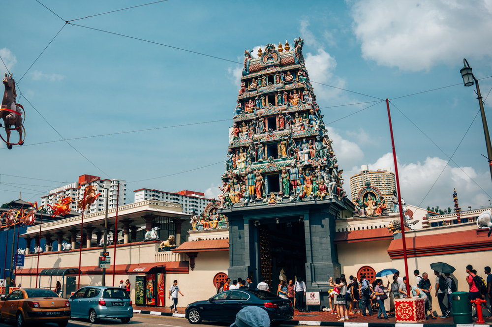Sri Mariamman Hindu temple in China Town, Singapore_335753717