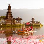 Ulun Danu temple Beratan Lake in Bali Indonesia_302143586