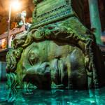 Medusa head in the Basilica Cistern_173104820