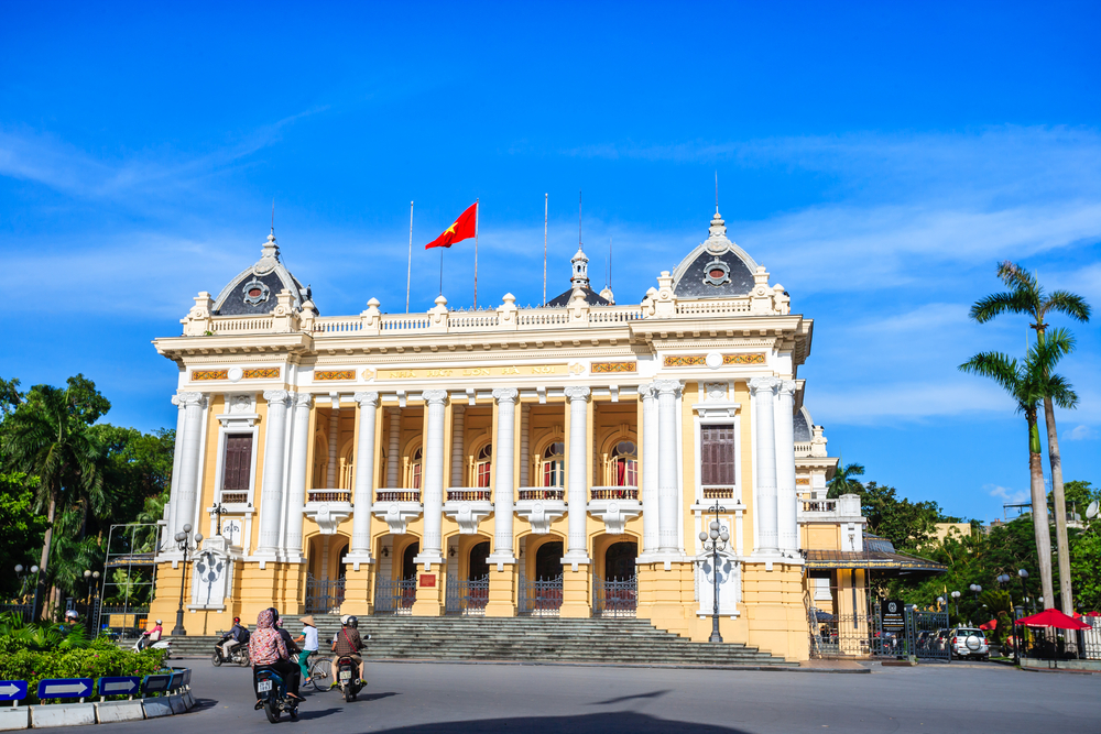 Front view of Hanoi Opera House_293787584