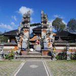 Ulun Danu temple complex_338965397