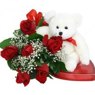 6 rosas. Incluye Chocolates y Oso