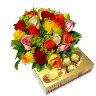 Bouquet de 12 rosas multicolor. Incluye Chocolates