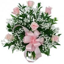 6 rosas rosadas. Florero incluido.