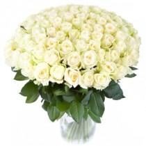 100 rosas blancas. Florero incluido