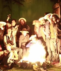 Iguana hostel bonfire