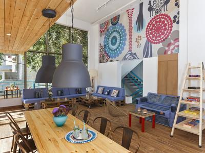 Lounge web
