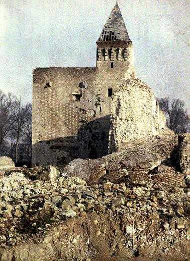 Badly damaged building, possibly a church or very old castle