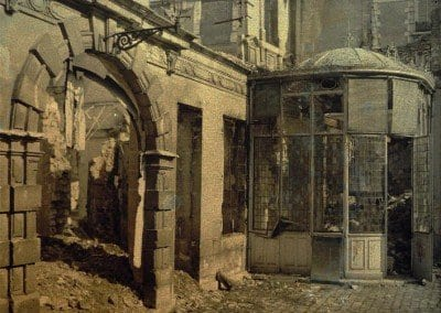 Destroyed news kiosk and building