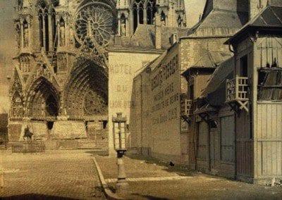 Place du Parvis Notre-Dame