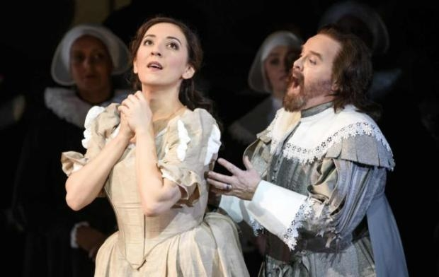 Rosa Feola as Elvira with Barry Banks as Arturo in I Puritani (WNO)