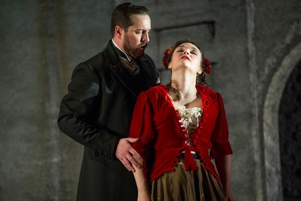 George von Bergen as Don Giovanni and Lucy Hall as Zerlina in Don Giovanni (ETO)