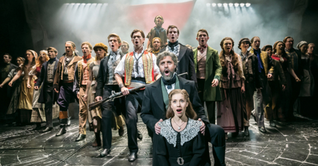 The 2015 cast of Les Mis