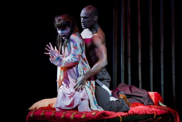 Anne Sophie Duprels as Iris and Noah Stewart as Osaka in Iris (OHP)