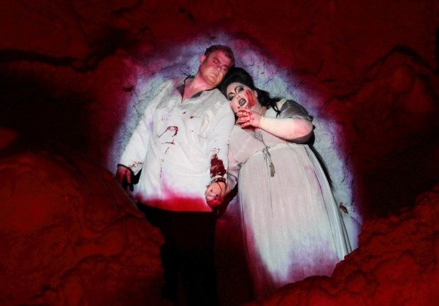 Stuart Skelton as Tristan and Heidi Melton as Isolde in Tristan and Isolde (ENO)