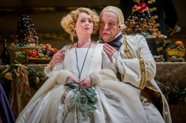 Fflur Wyn as Sophie and Henry Waddington as Baron Ochs in Der Rosenkavalier (Opera North)