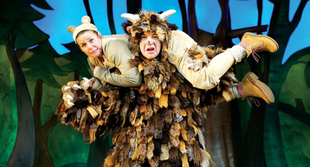 Steve Mccourt and Ellie Bell in The Gruffalo