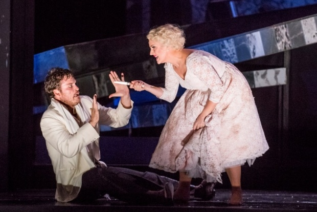 Brandon Cedel as Leporello and Louise Alder as Zerlina in Don Giovanni (Glyndebourne Tour)