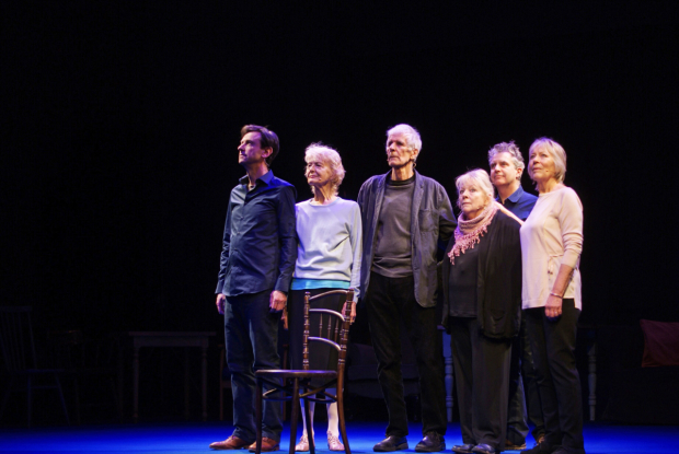 Lee Simpson, Caroline Blakiston, Tim Preece, Anna Calder-Marshall, Phelim McDermott, and Lynn Farleigh in Lost Without Words