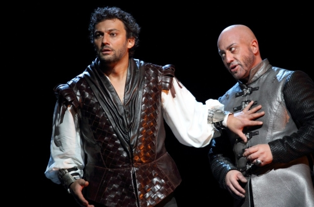 Jonas Kaufmann as Otello and Marco Vratogna as Iago in Otello (ROH)