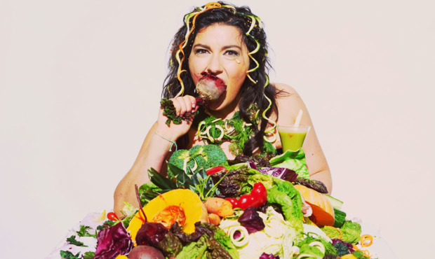 Daniella Isaacs scrutinises the clean eating trend in Hear Me Raw