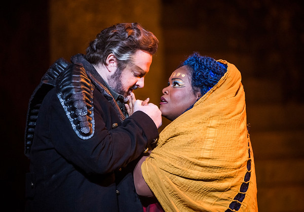 Gwyn Hughes Jones as Radamès and Latonia Moore as Aida in Aida (ENO)