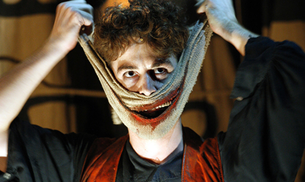 Louis Maskell in The Grinning Man
