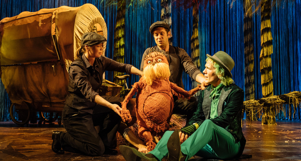 Laura Caldow, Ben Thompson and David Ricardo-Pearce (Puppeteers) and Simon Paisley Day (The Once-ler)
