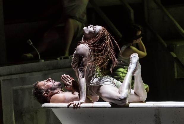 Robert Hayward as Prince Ivan and Elena Thomas as the Persian Slave in Khovanshchina (WNO)