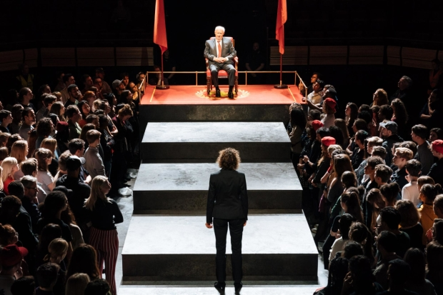 David Calder (Caesar) in Julius Caesar at the Bridge Theatre