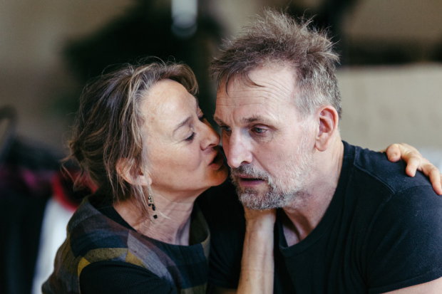 Niamh Cusack (Lady Macbeth) and Christopher Eccleston (Macbeth)