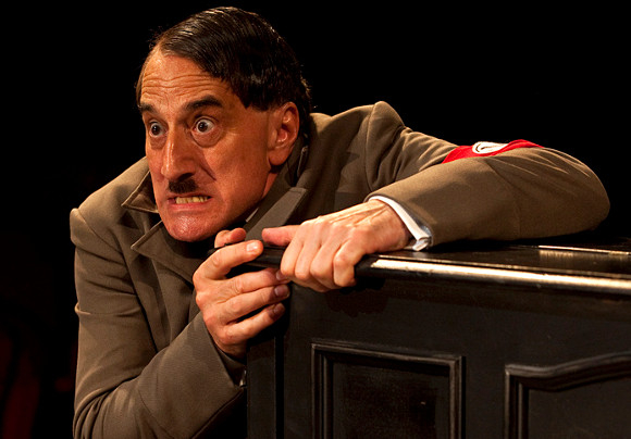 'Palpably Hitler': Henry Goodman as Arturo Ui