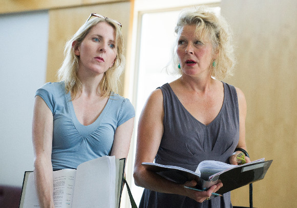 Fenella Woolgar (young Margaret Thatcher) and Stella Gonet (older Margaret Thatcher) in rehearsals for Handbagged