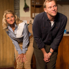 Sarah Hadland and Robert Webb