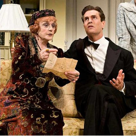 Angela Lansbury with Rupert Everett in the 2009 Broadway production of Blithe Spirit