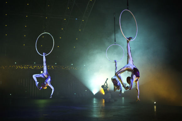 Ariel hoops feature in Quidam