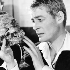 Peter O'Toole in Hamlet, 1963