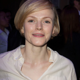 Maxine Peake will pen a play based on Beryl Burton