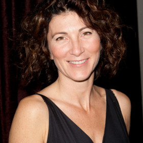 Eve Best will play Cleopatra