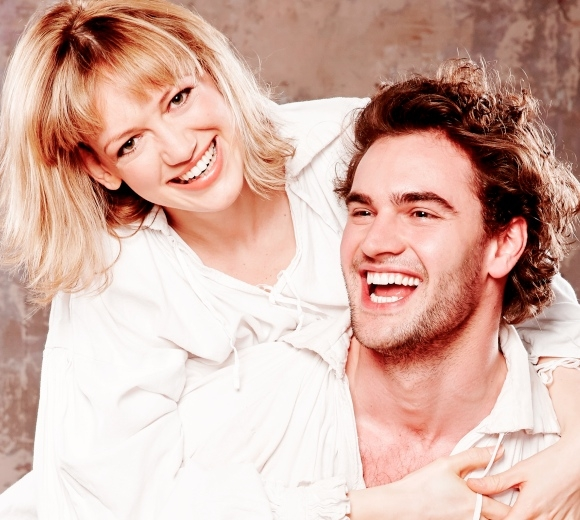 Lucy Briggs-Owen and Tom Bateman play Viola and Will Shakespeare