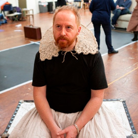 Forbes Masson in rehearsals for The Taming of the Shrew