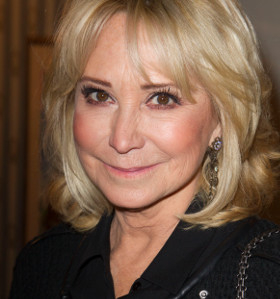 Felicity Kendal will star in Hay Fever