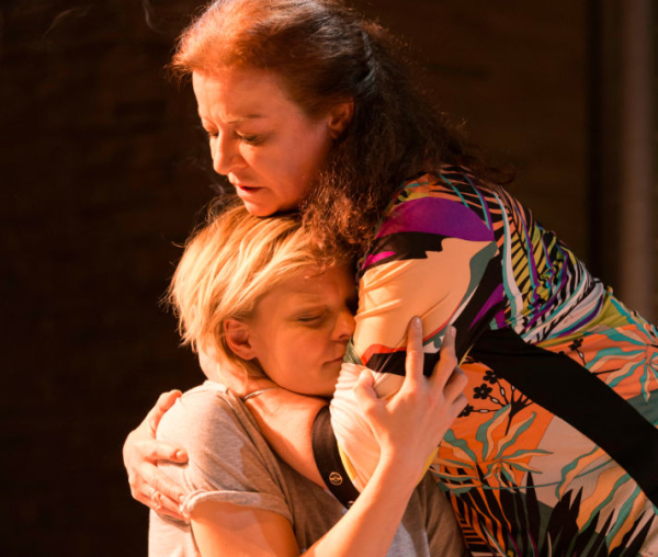 Martha Plimpton and Clare Higgins in Other Desert Cities