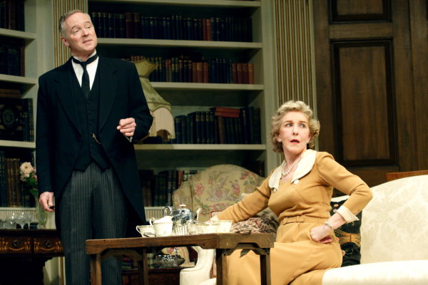 Rory Bremner (Crestwell) and Patricia Hodge (the Countess) in Relative Values