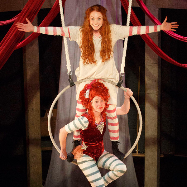 Phoebe Thomas as Hetty and Nikki Warwick as Mdm Adeline