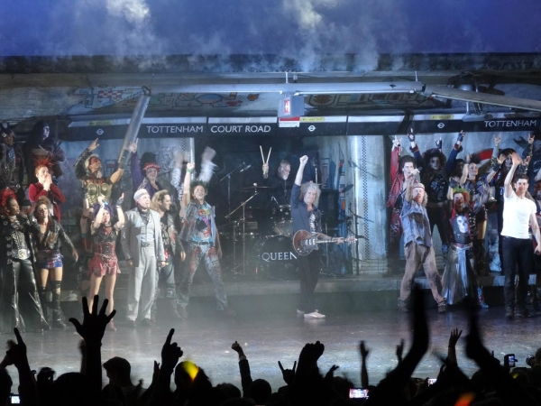 The last moment of We Will Rock You's 10 year reign at the Dominion