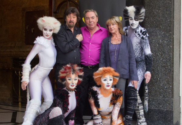 Trevor Nunn, Andrew Lloyd Webber and Gillian Lynne with Cats cast members
