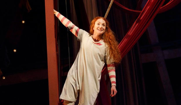 Phoebe Thomas as Hetty Feather